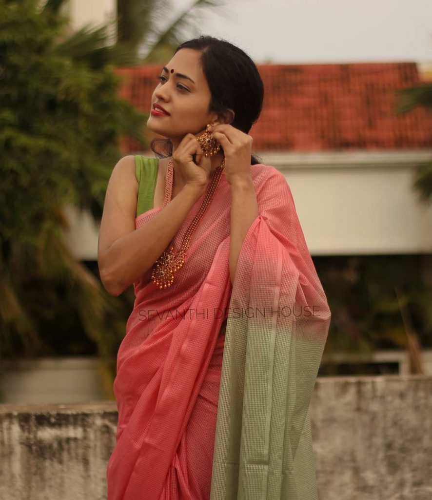 simple-saree-design-2020-10