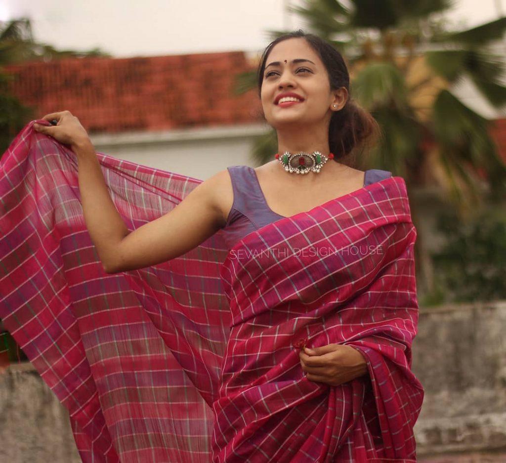 simple-saree-design-2020-7