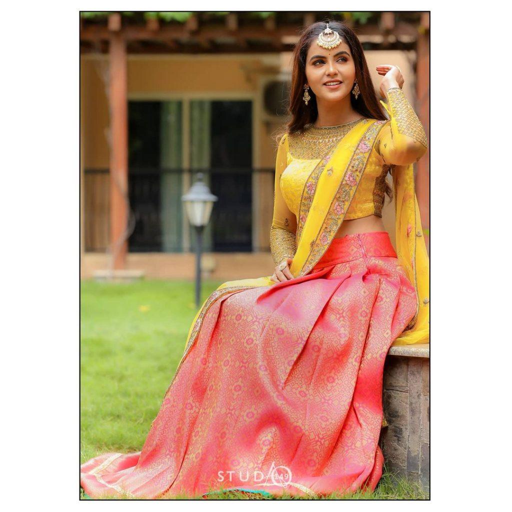 half-saree-online-18