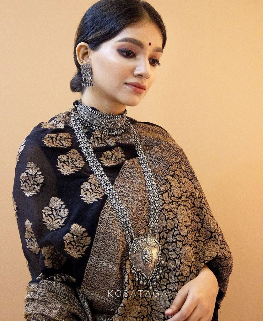 handcrafted-saree-online-1
