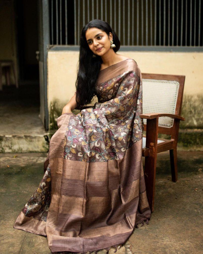 minimal-saree-style-1