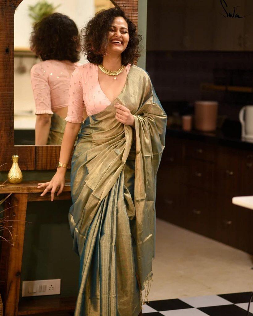 minimal-saree-style-6