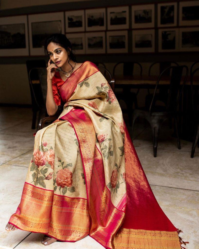 pure-silk-graceful-saree-13