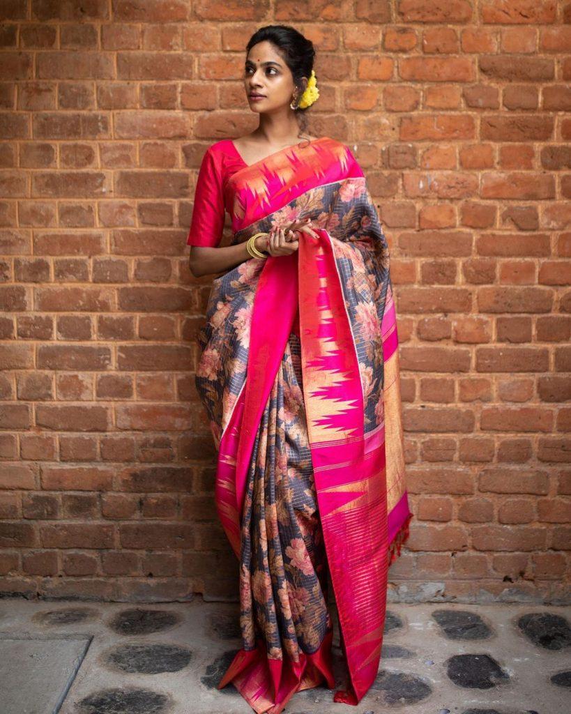 pure-silk-graceful-saree-14
