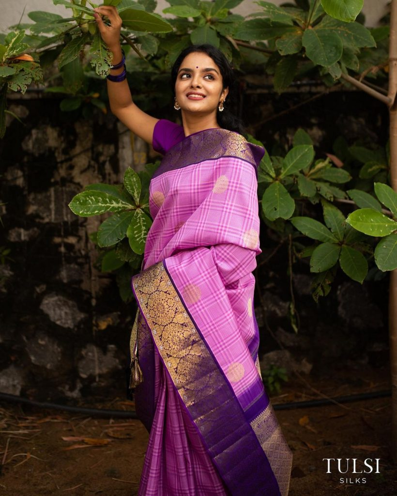 pure-silk-graceful-saree-9