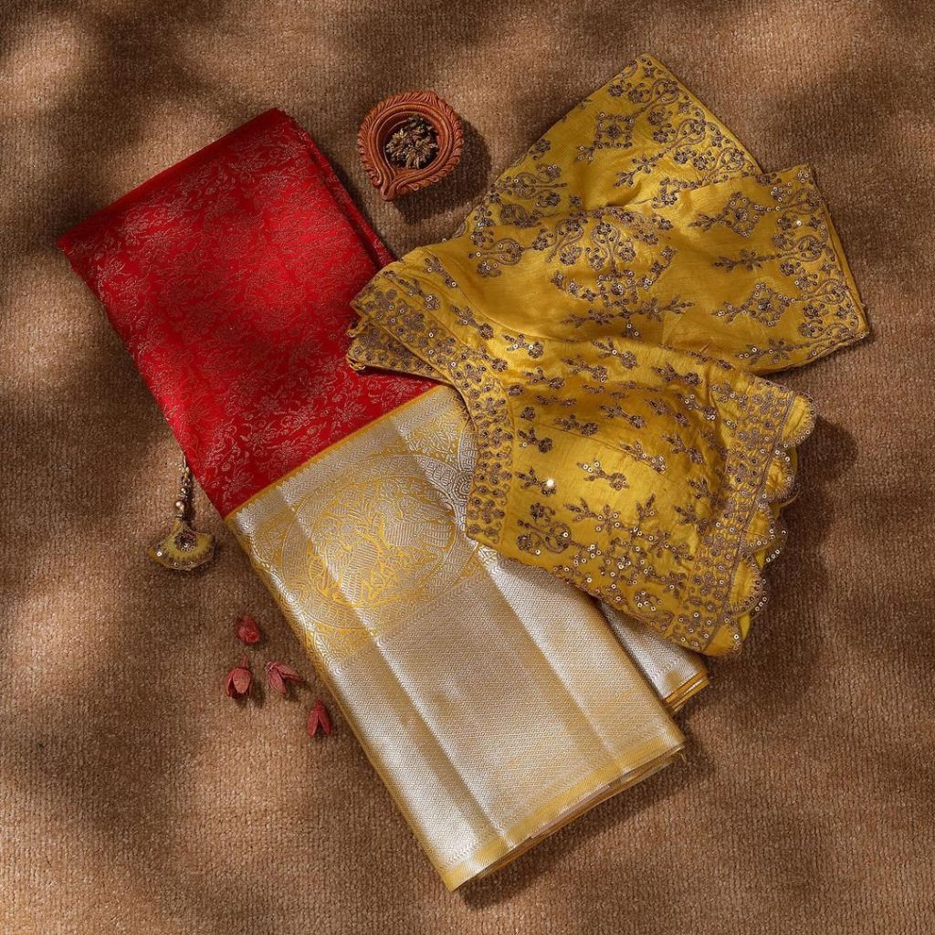 saree-blouse-designs-11
