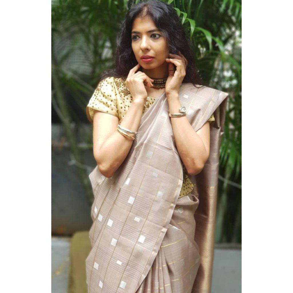 silk-sarees-for-wedding-party-15