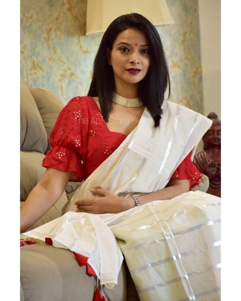 styling-plain-sarees-16