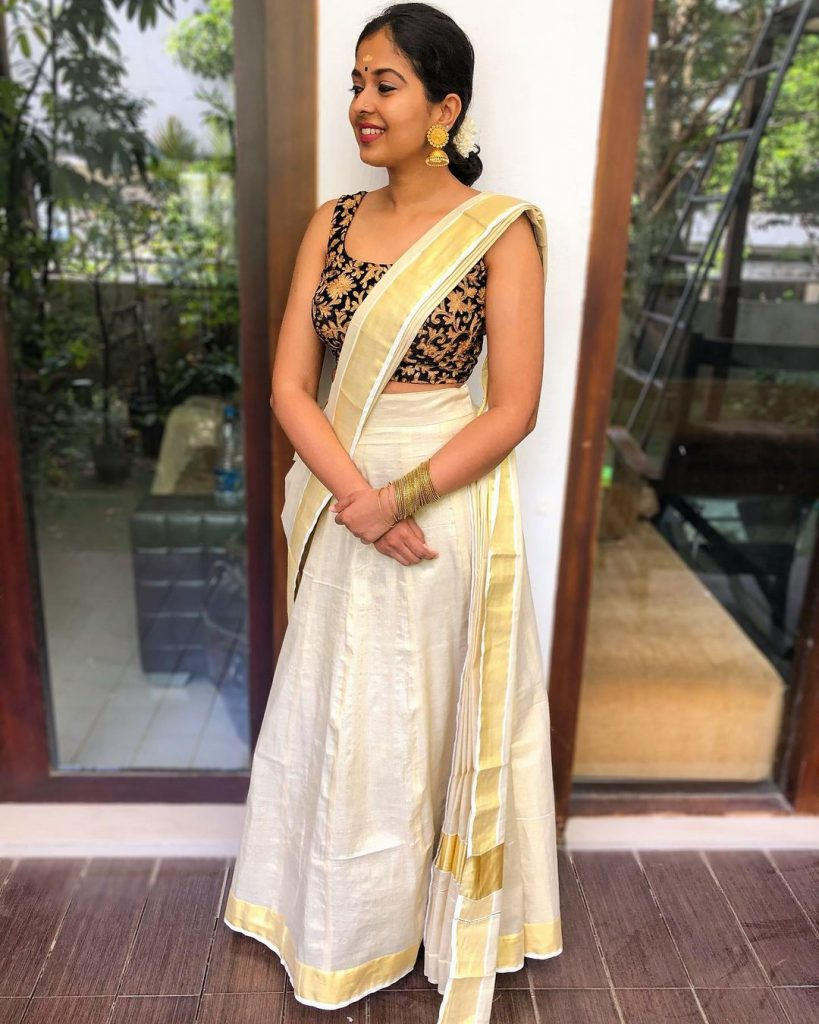 saree-styling-ideas-12