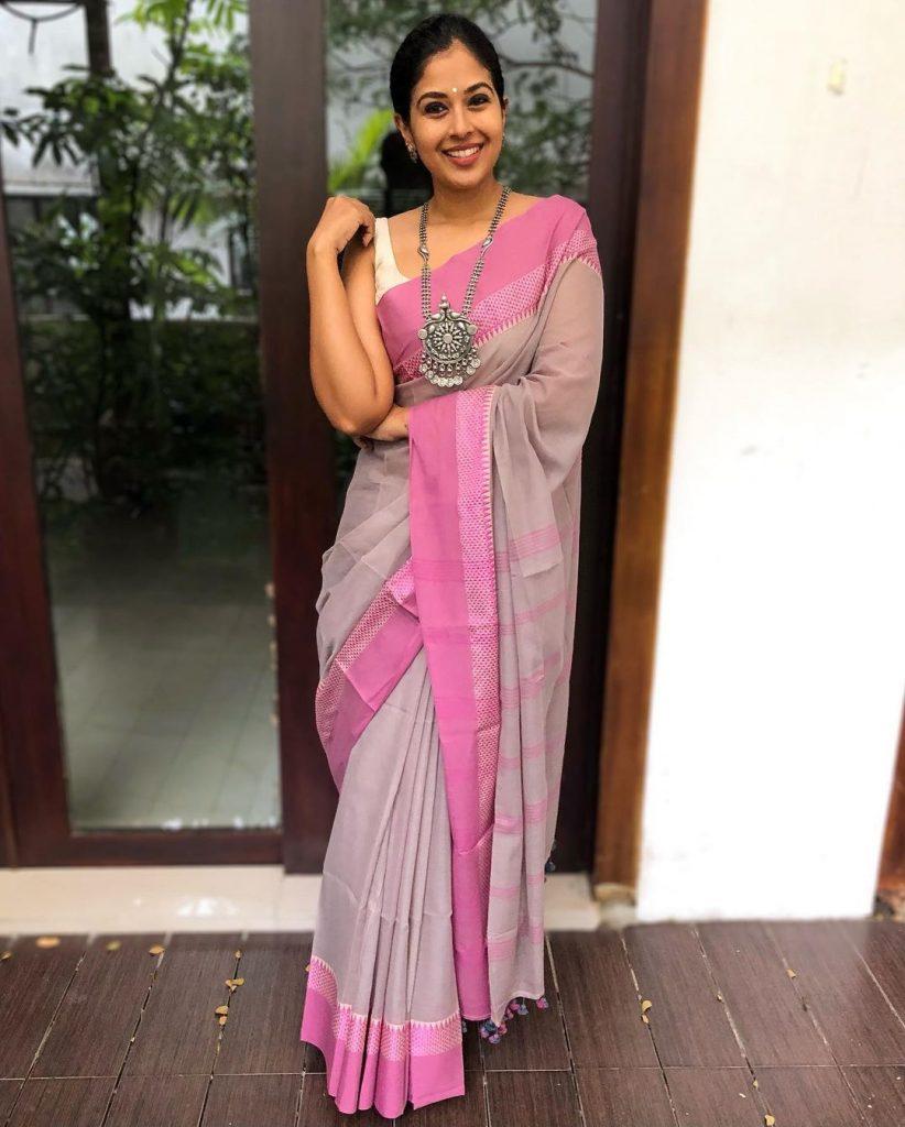 saree-styling-ideas-3