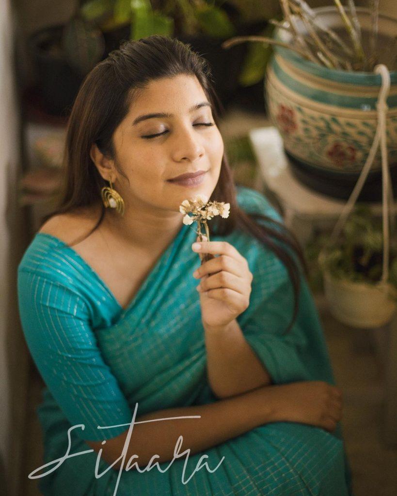 sustainable-saree-brands-11