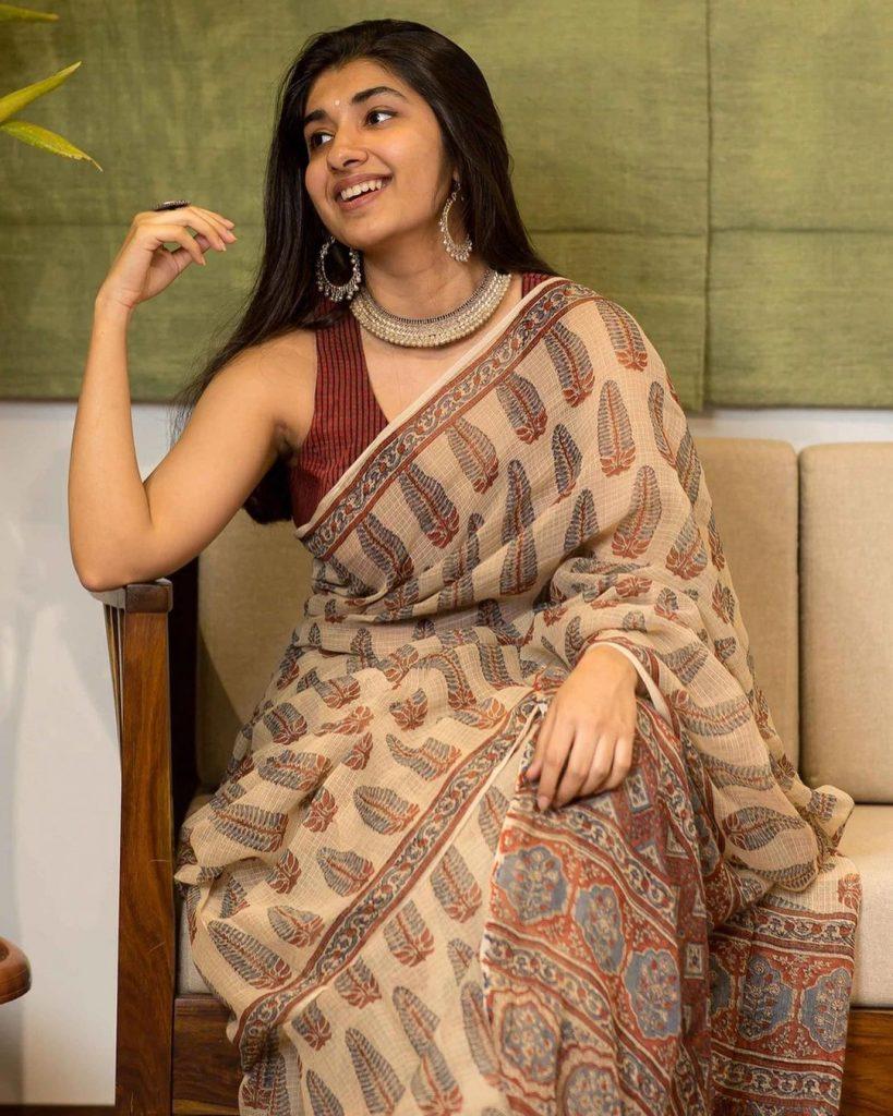 simple-saree-design-images-10