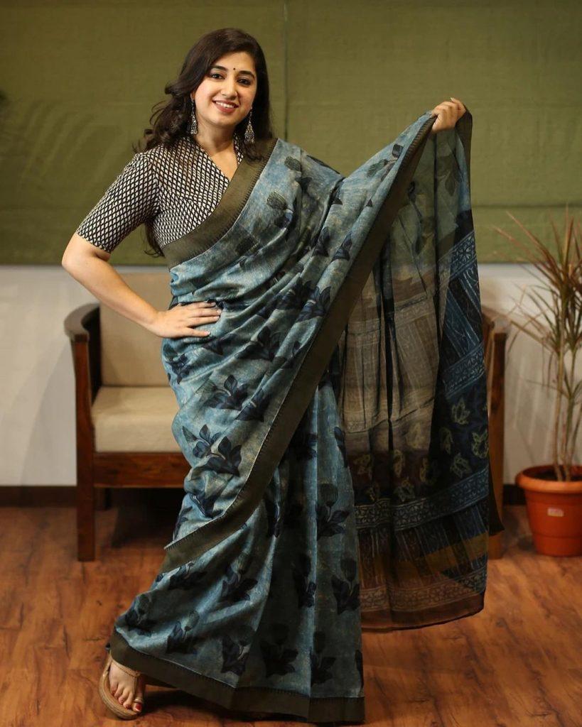 simple-saree-design-images-3