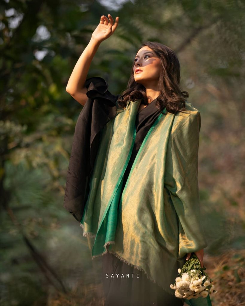 styling-saree-in-winter-11